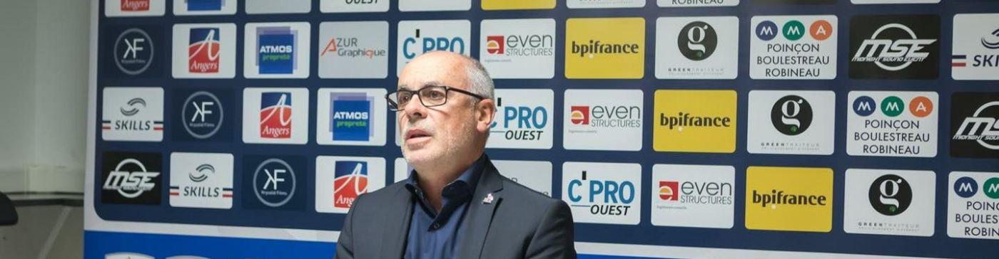 Laurent Buffard ne sera plus l'entraineur de l'EAB la saison prochaine